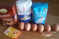 Príprava receptu Kinder Pingui v tvare rolády, krok 1